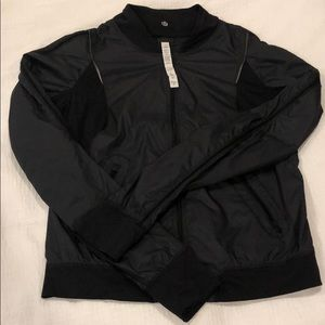 Lululemon windbreaker jacket